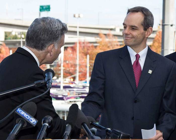 Executive Constantine and New Metro General Manager Rob Gannon